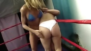 Sexy Athletic Overcomes Out Of Form Jobber