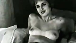 Erotic Nudes 616 50's and 60's - Scene four