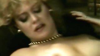 Blonde Bombshell In A Vigorous Antique Porno