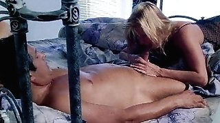 Ginger Lynn platinum-blonde stunner pounding in couch