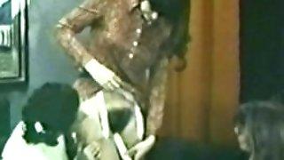 Euro Peepshow Loops 196 60s and 70s - Scene three