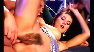 Bar MMF Hairy Hook-up