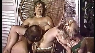 Chubby mom gets her honeypot fisted by friends